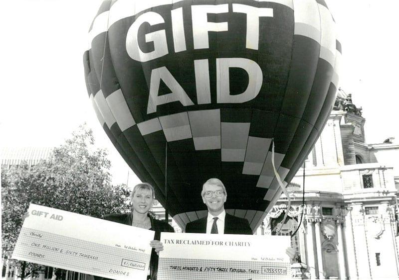 john-major-sharron-davies-gift-aid-6
