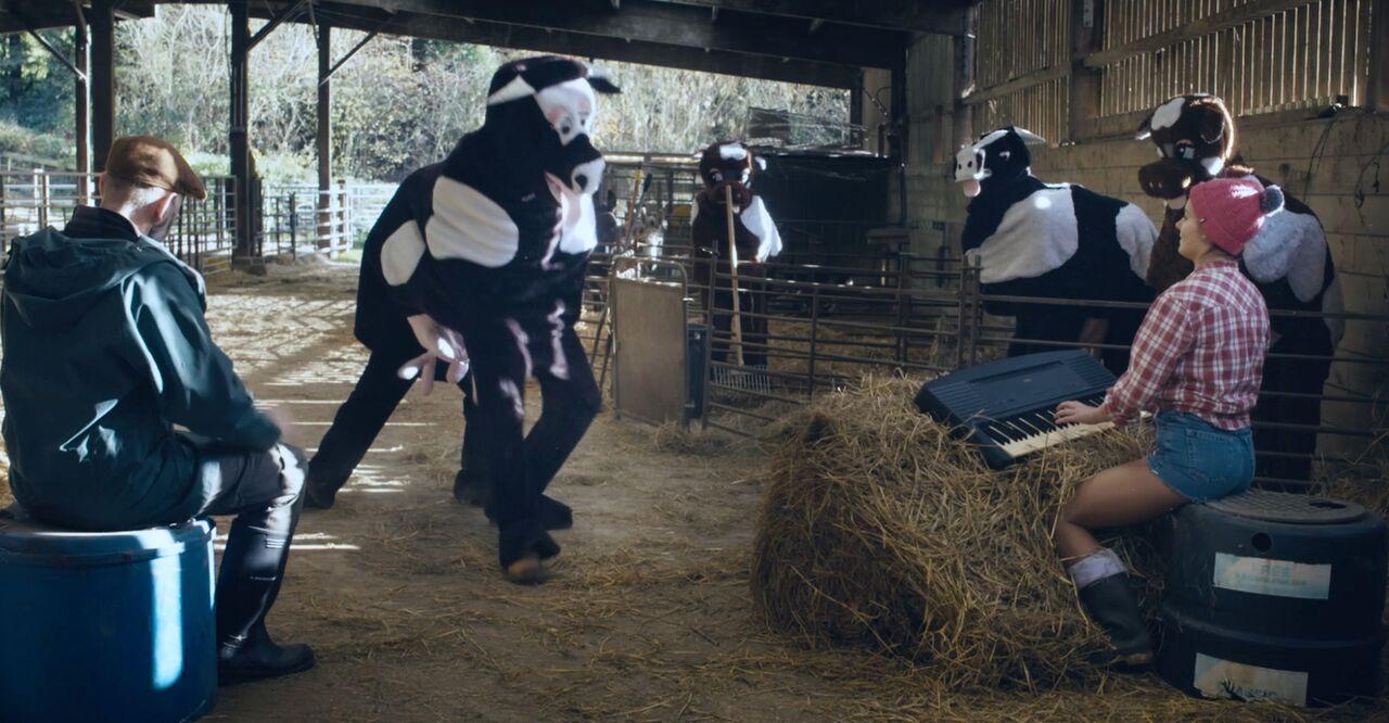 Send a Cow's Panto Farm promotes its Christmas Gift Catalogue